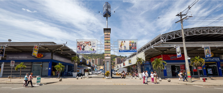 Platino Centro Comercial 1440