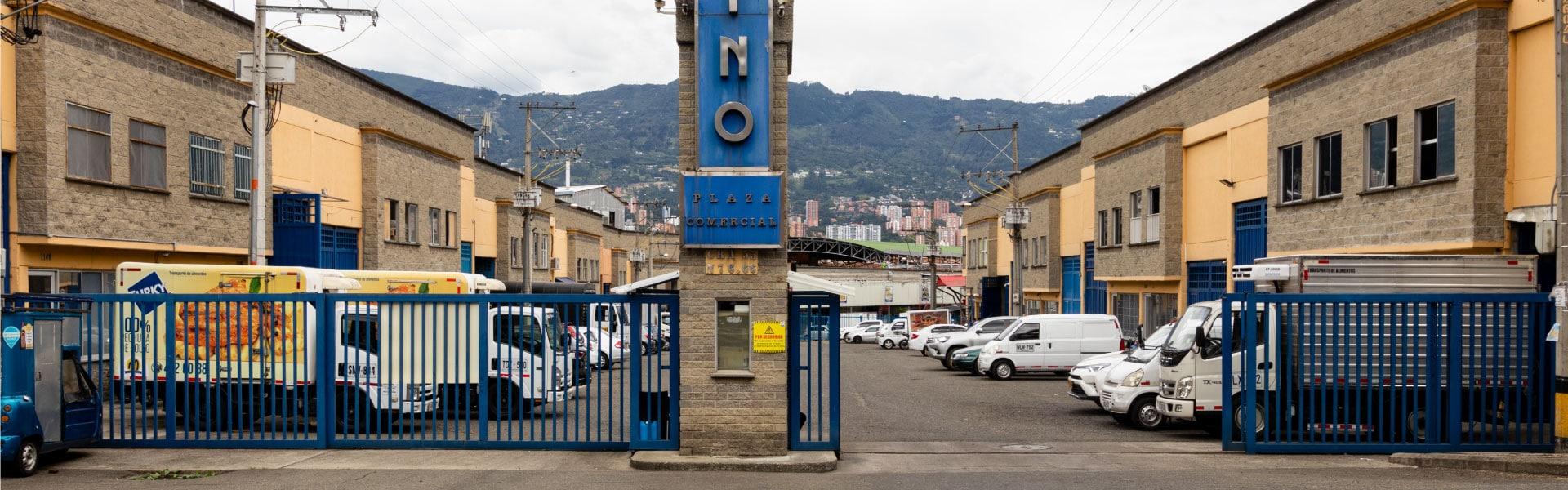 Platino Plaza Industrial 1920