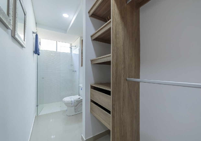 orion-apartaestudio-closet-baño-1