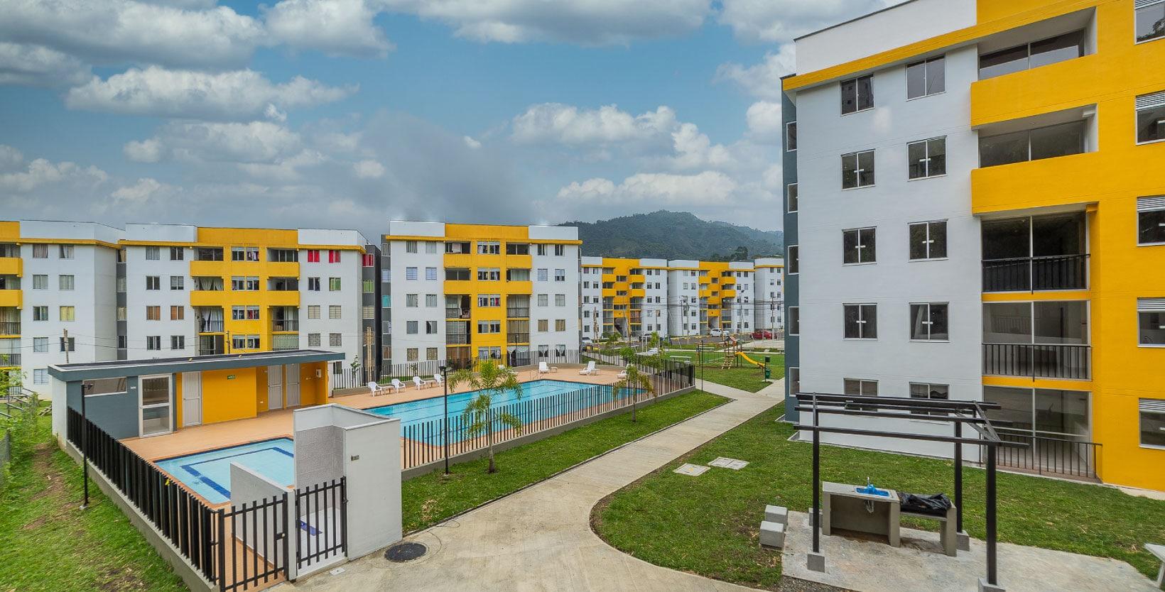Apartamento_Guaduales_edificio_vista_general