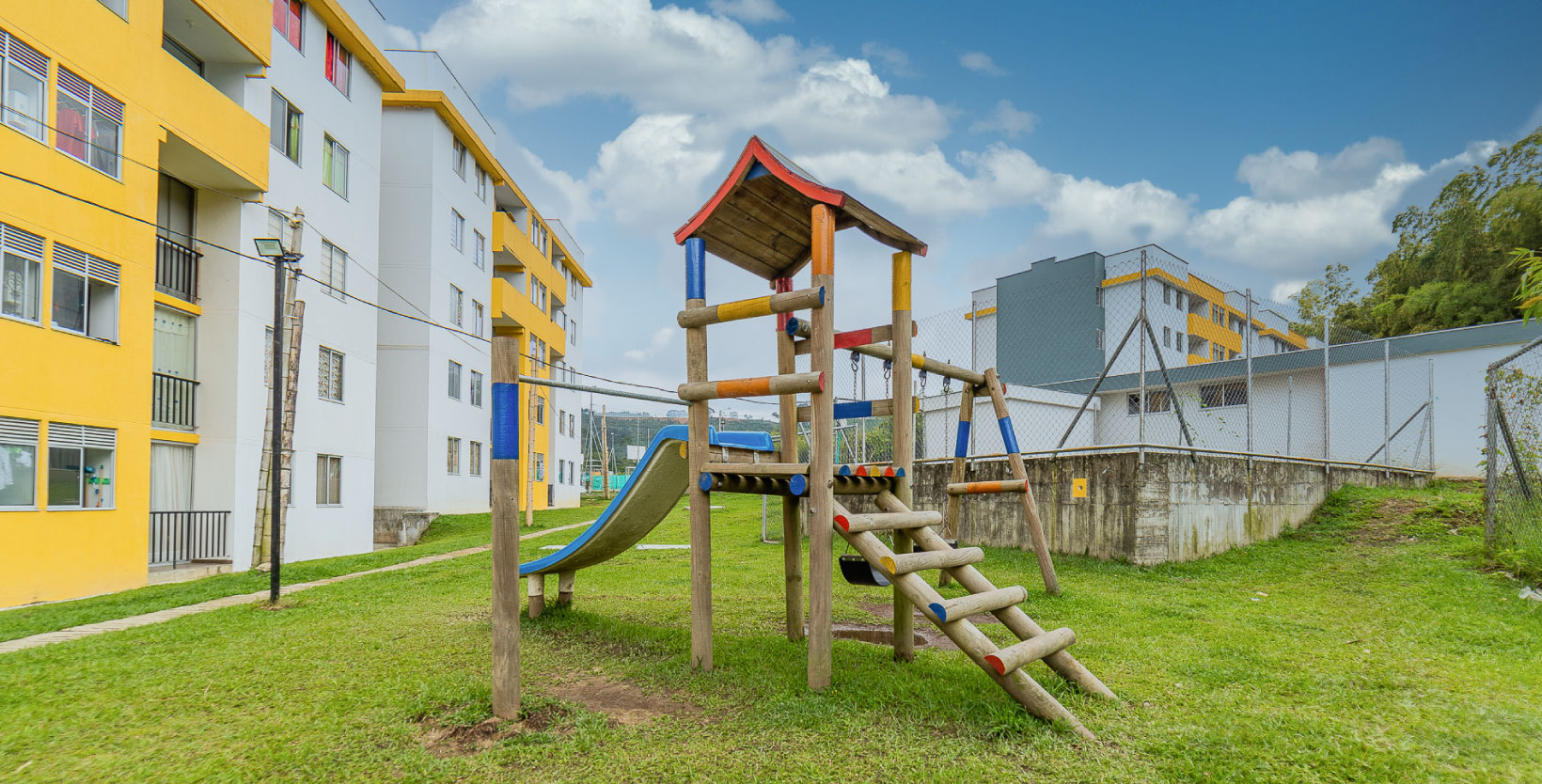 Apartamento_Guaduales_parque_zona_comun_2