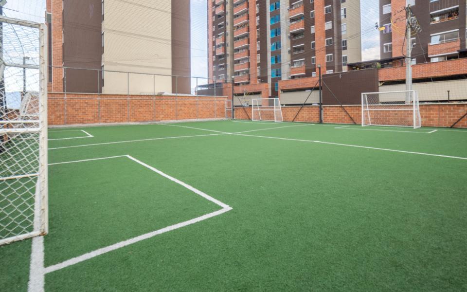 apartamentos_capella_cancha_deportiva