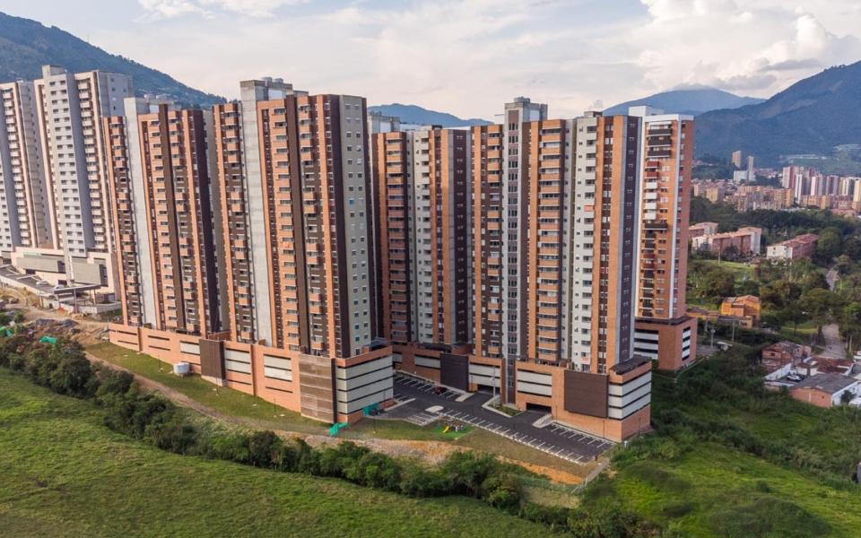 apartamentos_capella_edificio_vista_general