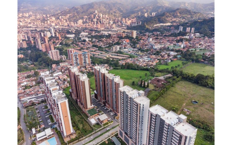 apartamentos_capella_edificio_vista_general_3