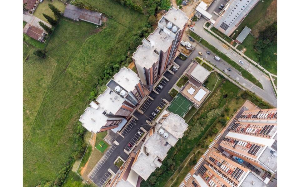 apartamentos_capella_edificio_vista_general_4