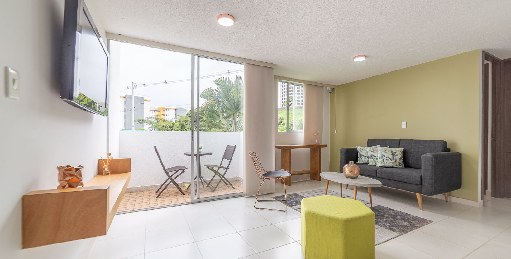 apartamentos_guaduales_sala_balcon